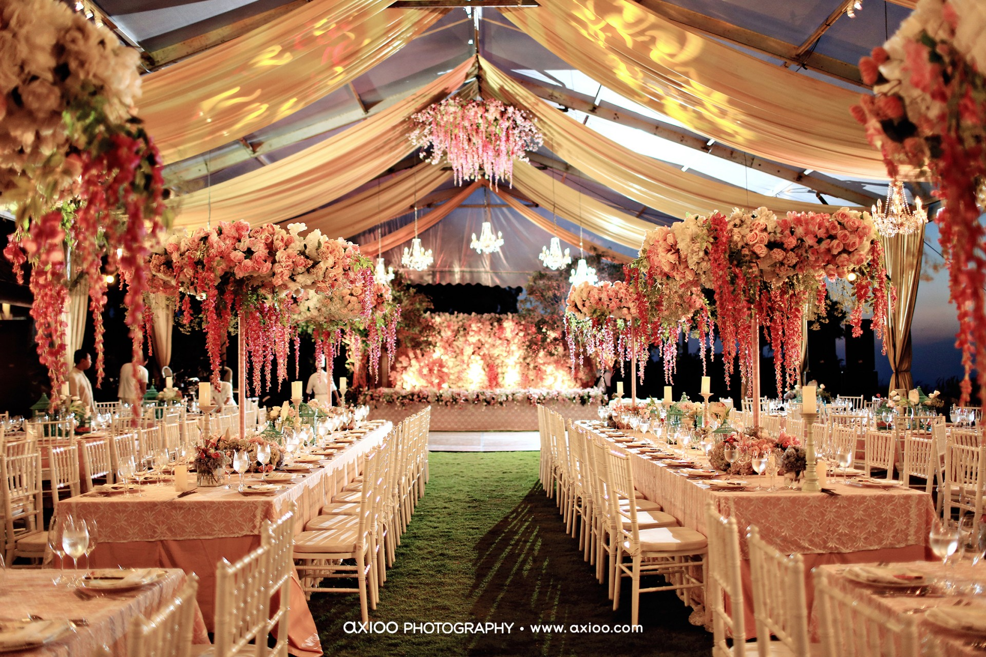 Summer love steve decor for Bali wedding decoration ideas